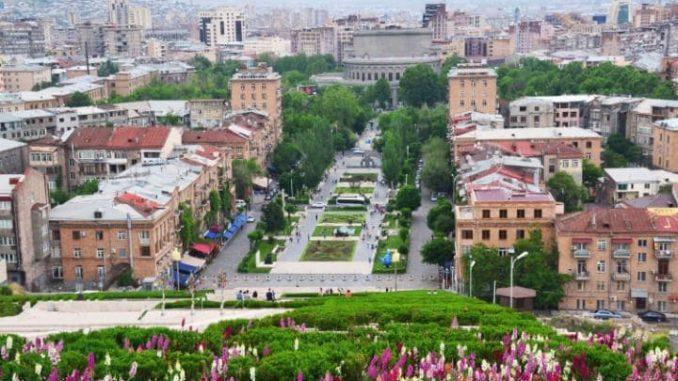 yerevan-travel-ap84098135-large